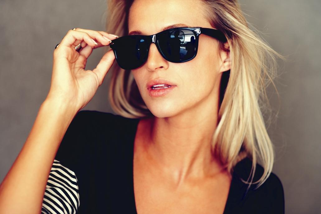 83116af830045 Achar os óculos de sol ideais pode ser uma tarefa difícil. Quando vamos às  compras