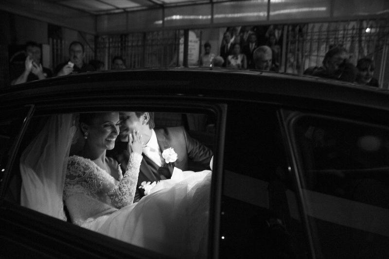 fotos-de-casamento-para-inspirar-se-gold-finger-1-min